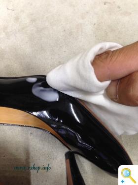 エナメル靴のお手入れ