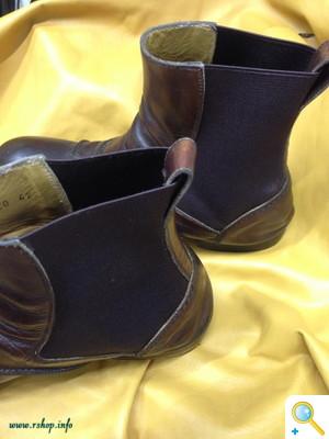 ブーツのパネルゴム交換