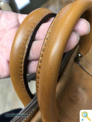 Bagのハンドル交換と底の角擦り切れ補修