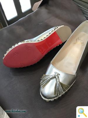S/Sのパンプスにも靴のデザインを阻害せず、実用性を高めるハーフソールを!